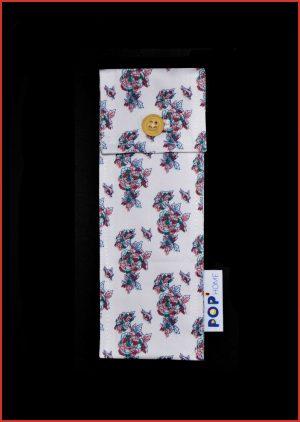 RANGE-COUVERTS VIF - POP'Home, Pop Home, produits éco-responsables, produits éco-responsables français, produits éco-responsables made in France, produits personnalisés, produits personnalisés français, produits personnalisés made in France, produits personnalisables, produits personnalisables français, produits personnalisables made in France, produits made in France, produits français, textiles éco-responsables, textiles éco-responsables français, textiles éco-responsables made in France, textiles français, textiles made in France, textiles personnalisés, textiles personnalisés français, textiles personnalisés made in France, textiles personnalisables, textiles personnalisables français, textiles personnalisables made in France, motif enfantin, motif géométrique, motif abstrait, motif fleuri, motif figuratif, textiles à motifs, textile à motifs, produits à motifs, produit à motifs, produits à personnaliser, produits salle de bain, produits maison, produits salle de bain personnalisables, produits maison personnalisables, papeterie, papeterie personnalisable, papeterie personnalisé, cadeau personnalisé, idée cadeau, idée cadeau personnalisé, cadeau made in France, made in France, produit unique, produit écologique, décoration d'intérieur, motifs, objet unique, objet personnalisé, objet personnalisable, objet made in France, produit made in France, produits écologiques, objets écologiques, créatrice française, designer, Eloïse Abadia-Pacitti