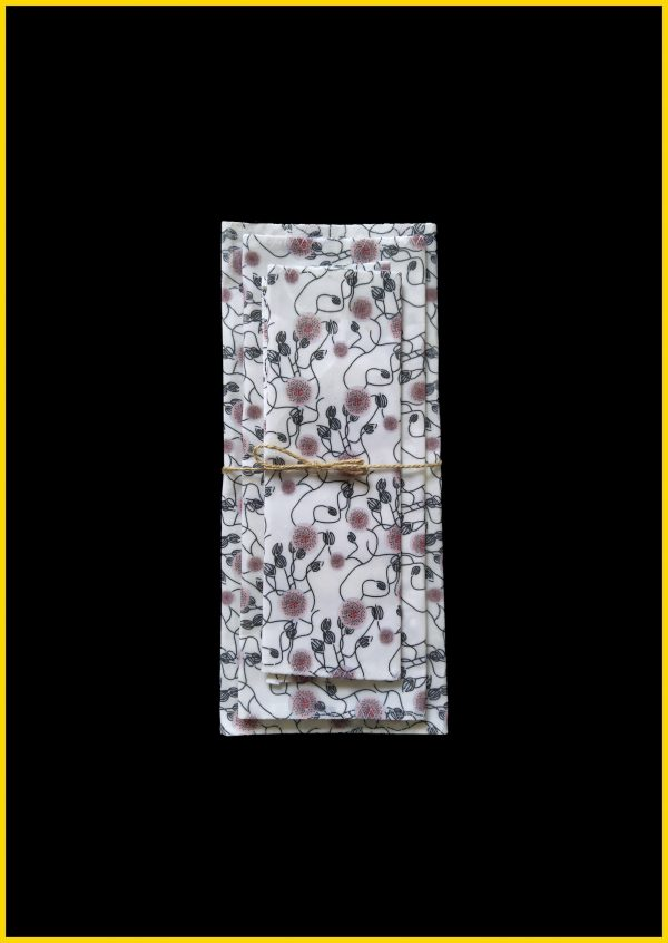BEE'S-WRAP-VEGAN- POP'Home, Pop Home, produits éco-responsables, produits éco-responsables français, produits éco-responsables made in France, produits personnalisés, produits personnalisés français, produits personnalisés made in France, produits personnalisables, produits personnalisables français, produits personnalisables made in France, produits made in France, produits français, textiles éco-responsables, textiles éco-responsables français, textiles éco-responsables made in France, textiles français, textiles made in France, textiles personnalisés, textiles personnalisés français, textiles personnalisés made in France, textiles personnalisables, textiles personnalisables français, textiles personnalisables made in France, motif enfantin, motif géométrique, motif abstrait, motif fleuri, motif figuratif, textiles à motifs, textile à motifs, produits à motifs, produit à motifs, produits à personnaliser, produits salle de bain, produits maison, produits salle de bain personnalisables, produits maison personnalisables, papeterie, papeterie personnalisable, papeterie personnalisé, cadeau personnalisé, idée cadeau, idée cadeau personnalisé, cadeau made in France, made in France, produit unique, produit écologique, décoration d'intérieur, motifs, objet unique, objet personnalisé, objet personnalisable, objet made in France, produit made in France, produits écologiques, objets écologiques, créatrice française, designer, Eloïse Abadia-Pacitti